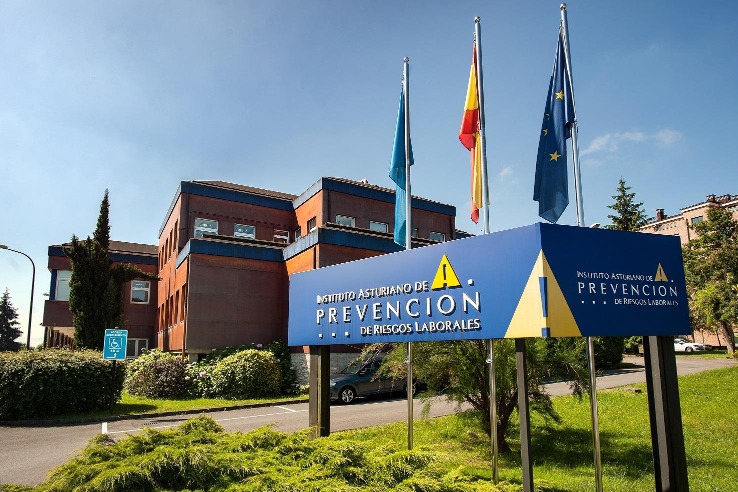 El Instituto Asturiano de Prevención de Riesgos Laborales propone su modelo de prevención